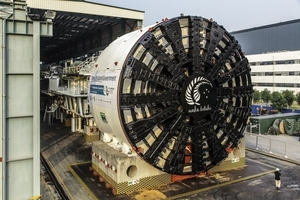 "<div class=""bildtext_en"">The EPB Shield S-764 was assembled in the Herrenknecht plant in Guangzhou, China. Core components such as the main drive, hydraulic station, electrical station and air locks were manfactured at Herrenknecht's headquarters in Schwanau, Germany</div>"