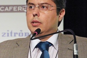 "<div class=""bildtext_en"">Alexandre Gomes, member of the ITA Executive, chaired the block about mining and tunnelling</div>"