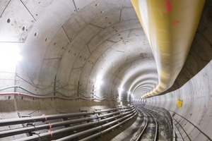 "3 Up to 175 m of new tunnel per week between the station Torrenova and the shaft ""5/4"""