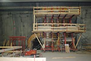 """<div class=""""bildtext_en"""">Vault area: Meva wooden beam formwork with Mooser formwork vibrators</div>"""