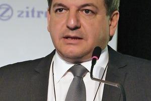 """<div class=""""bildtext_en"""">Jorge Baraqui Schwarze on underground mining in Chile</div>"""