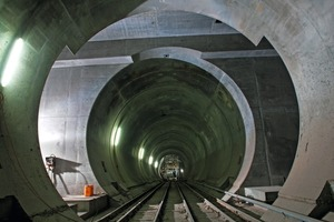 Gotthard Base Tunnel: niche for installing a track switching gate, Faido part-section