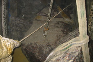 """<div class=""""bildtext_en"""">1) Obstacle removal in compressed air at the TBM cutterhead in the Herrentunnel, Lübeck 
