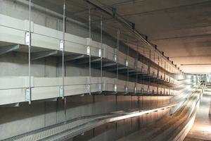 """<div class=""""bildtext"""">Im Berliner Hauptbahnhof wurden die umfangreichen technischen Installationen durch Brandschutz-Kabelkanäle abgekapselt. Das Großobjekt erforderte eine Vielzahl von Sonderlösungen</div>"""