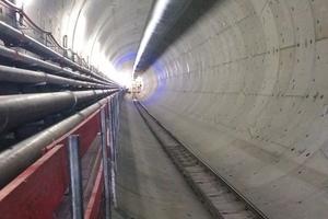 """<div class=""""bildtext_en"""">Completed carcass section of the Rastatt Tunnel</div>"""