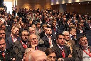 """<div class=""""bildtext"""">Mehr als 900 Teilnehmer aus 12 Ländern besuchten das zweitägige Kolloquium mit begleitender Fachmesse im Salzburg Congress</div>"""
