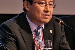 "<div class=""bildunterschrift_en"">ITA president In-Mo Lee chaired the General Assembly</div>"