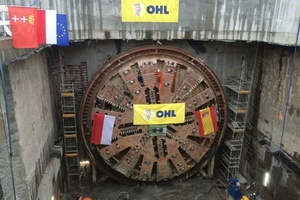 "<div class=""bildtext_en"">For the Slowacki tunnel project, Herrenknecht designed a 90 m Mixshield TBM with a shield diameter of 12.56 m</div>"