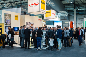 """<div class=""""bildtext_en"""">8) Numerous visitors even outside the conference breaks: the STUVA Expo was well attended during both days 