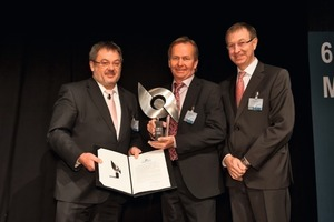 "<div class=""bildunterschrift_en"">Awarding the 2011 STUVA Prize (from l. to r.): Prof. Martin Ziegler, STUVA Inc. board chairman, Kjell-Ake Averstad, Trafikverket, project manager Citybanan Stockholm, Dr.-Ing. Roland Leucker, CEO STUVA Inc.</div>"
