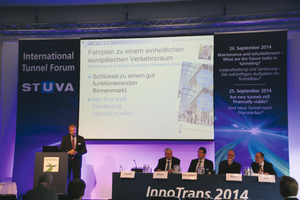 """<div class=""""bildtext_en"""">Panelists at the """"Are new Tunnels still financially viable?"""" Forum </div>"""