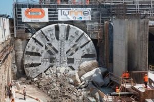 "<div class=""bildtext_en"">Breakthrough of the 2<sup>nd</sup> tunnel bore on May 6, 2013 with the EPB shield ""Harriet""</div>"