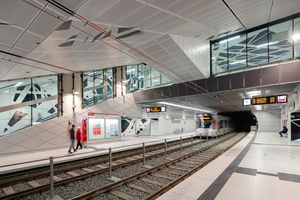"""<div class=""""bildtext_en"""">Greatly appreciated by the public attending the forum """"Underground Stations – a special Safety and Security Risk?"""": the concepts of the Underground stations on the Düsseldorf Wehrhahn Line (the image shows the station Pempelforter Straße), presented by Dipl.-Ing. Jochen Schuh, netzwerkarchitekten, Darmstadt</div>"""