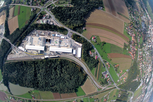 "<div class=""bildtext_en"">Aerial shot of the Leibenfeld site installation yard at the Koralm Tunnel 2 (KAT2) at Leibenfeld/A</div>"