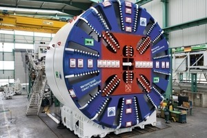 "<div class=""bildunterschrift_en"">The EPB shield S-441 (10.69 m diameter) for the inclined shaft drive in St. Petersburg</div>"