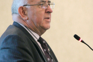 """<div class=""""bildtext_en"""">Donald Lamont (UK), animateur of WG 5 """"Health and Safety in Tunnelling""""</div>"""