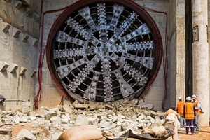 "<div class=""bildtext_en"">At the end of September, the cutting wheel of TBM ""Alice"" broke through the target shaft wall for the first time</div>"