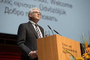"<div class=""bildtext_en"">Martin Bosshard said goodbye at the STC 2014, stepping down as STS president at the end of June</div>"