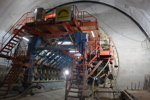 "<div class=""bildtext_en"">A polypropylene fibre concrete of quality CEM II/A-S 42.5 R from the Dyckerhoff factory at Deuna is being used for the inner shell with enhanced fire resistance for the Hirschhagen Tunnel</div>"