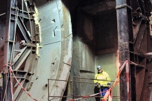 Tunnel south at evacuation shaft 5 after opening
