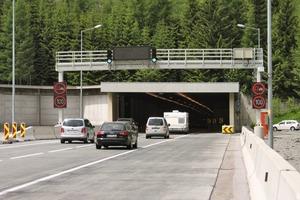 "<div class=""bildtext_en"">Access to the 6.8km long Tauern Tunnel in Austria</div>"